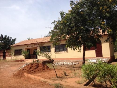 L'atelier orthopédique du Centre des handicapés de Bombouaka